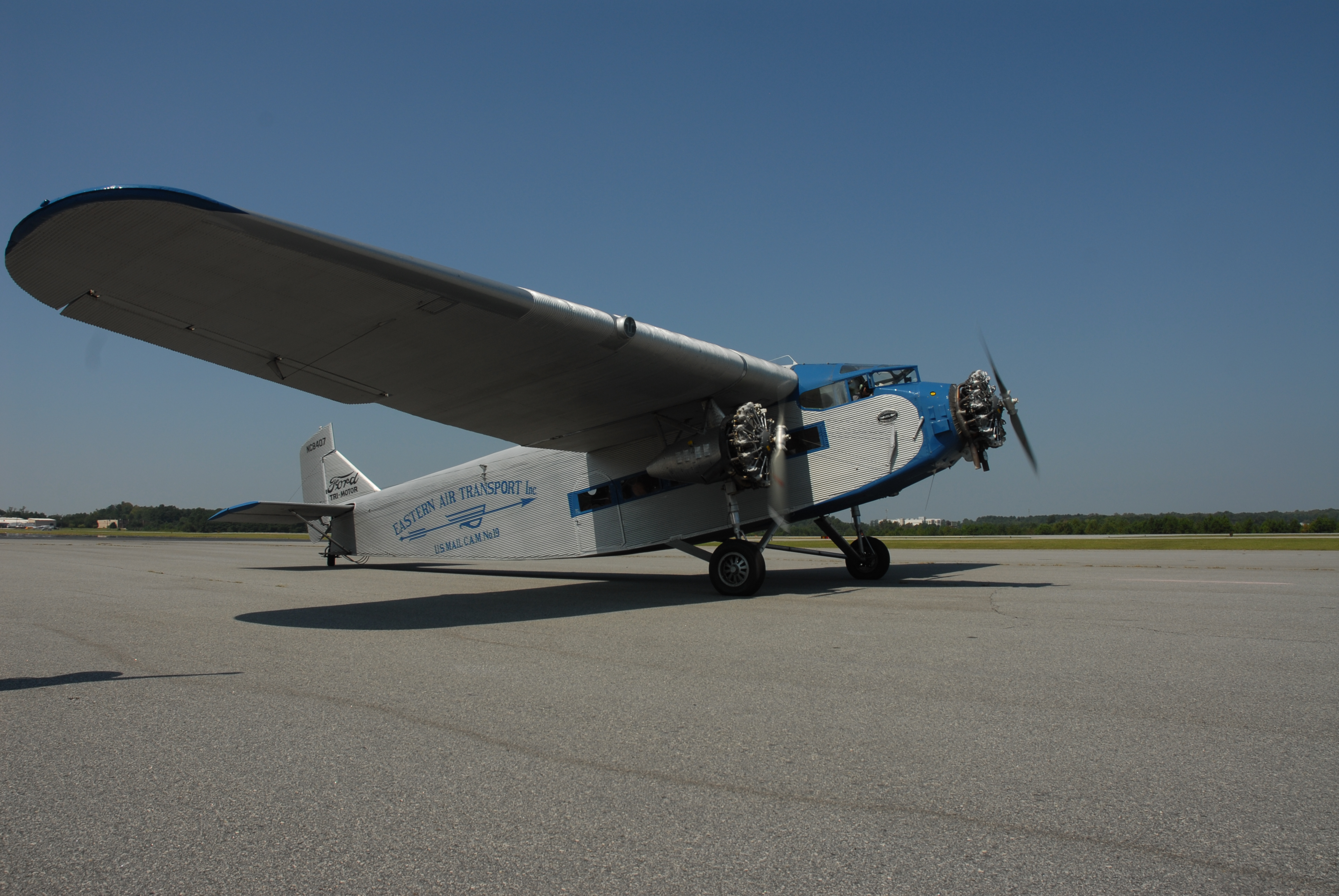 the Experimental Aircraft Association's 1929 Ford Tri-Motor, NC8407,