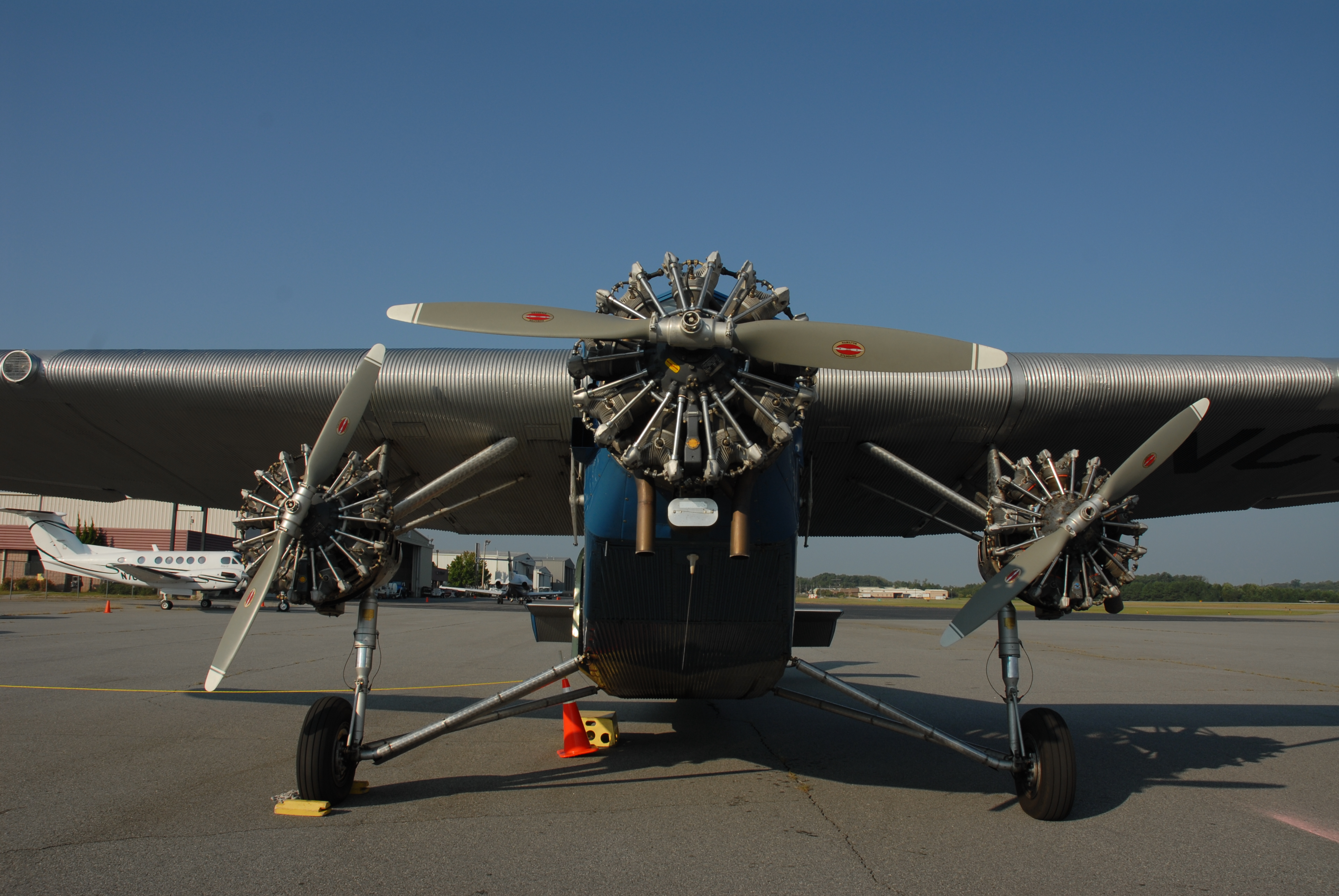 Eaa ford tri motor plane for Ford tri motor crash